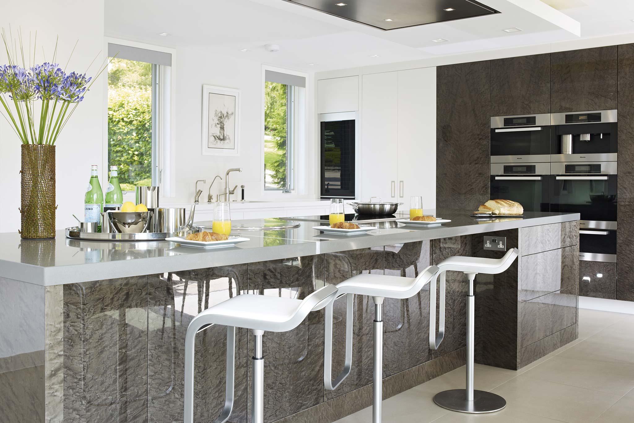 essex mansion interior designer essex callender howorth. Black Bedroom Furniture Sets. Home Design Ideas