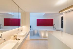luxury bathroom by Callender Howorth Interior Design